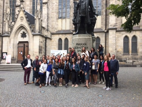 Group of students in front of JS Bach statue