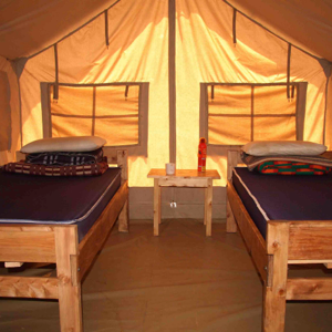 While At Mpala Students Mostly Live In A Permanently Tented Camp With Large Safari Style Shared Tents They Are Located About Mile From The Research