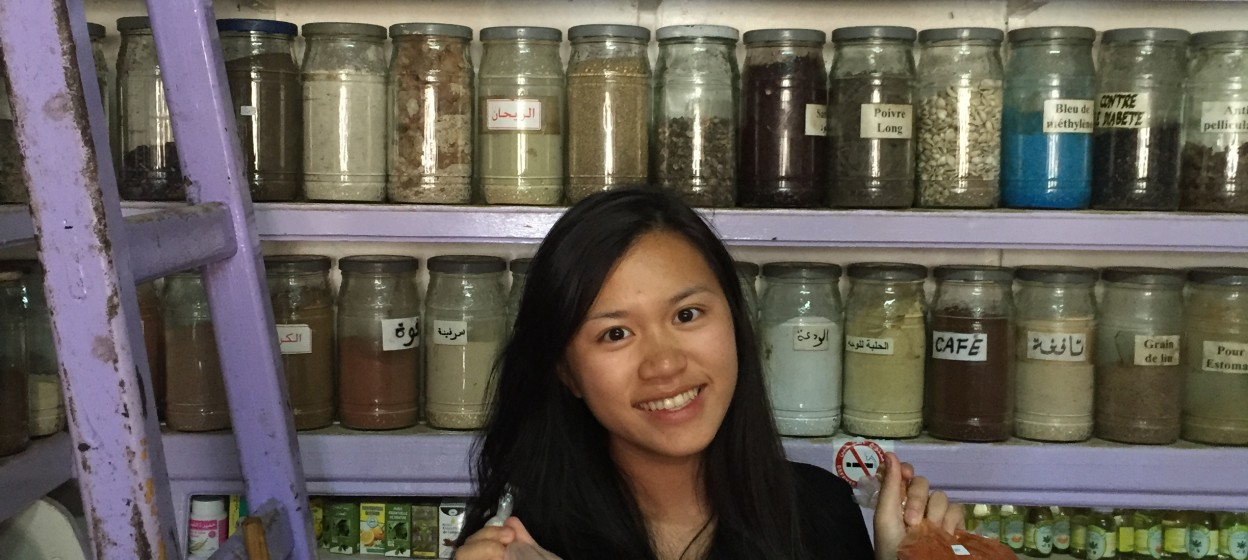 Student in spice shop